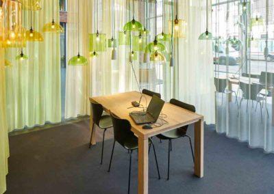 Lampen-kleur-vormen---studio-Van-Eijk--photo-Rene-van-der-Hulst
