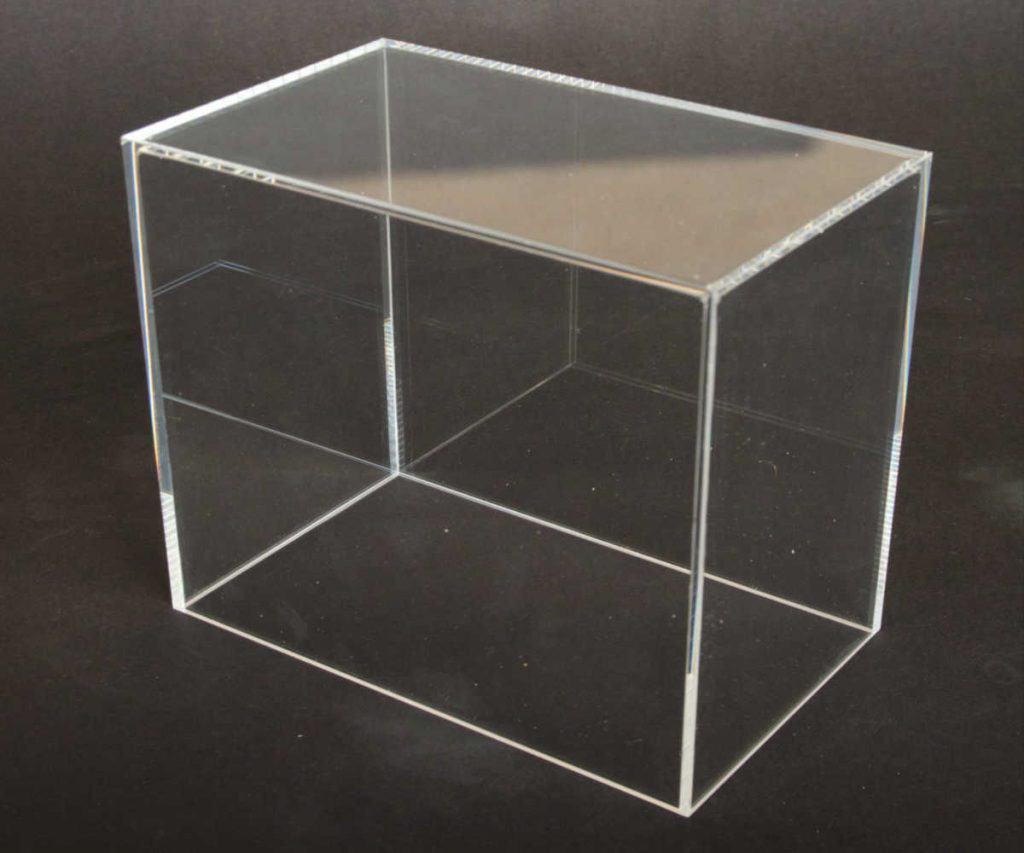 Kap transparant, scherpe randen glashelder verlijmd